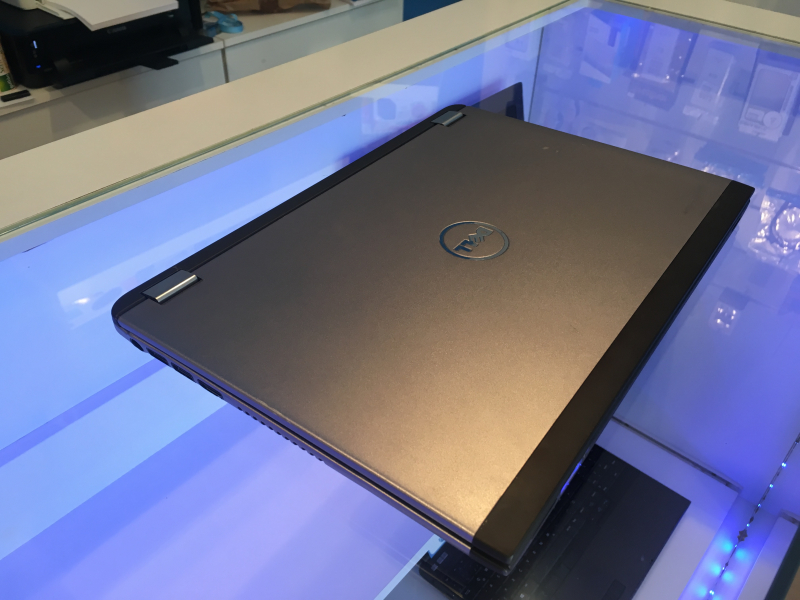 Dell Vostro 3360 Ultrabook! Intel Core i5, 4GB RAM, 32GB SSD, Windows10